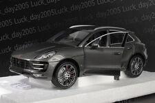 Minichamps Diecast Porsche Macan Turbo 2013 Grey Metallic SUV 1/18
