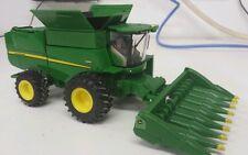 1/64 ERTL custom John deere S660 combine with 8 row corn head farm toy