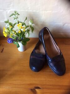 Ladies' Clarkes K Shoes Size 6 Extra Wide Fit Navy Multi Leather Ballet Loafers