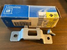 GM Tailgate Tail Gate Latch Door Striker Plate for GM # 15724161 new