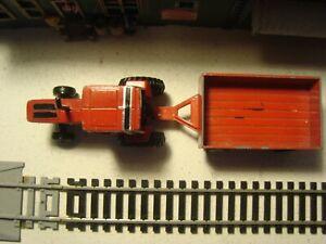 Ertl Die Cast  International Harvester 5088 Tractor +  Tootsie Toy Trailer 1/64