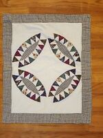 Gorgeous quilt pillow sham, multi-colored , wedding ring with star pattern