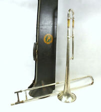Trumpet in Case Frank Holton & Co.chicago union label mpbp b&sw 33640