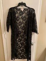 NWOT LuLaRoe Black Lace Shirley Kimono (Floral) - Size Small Beautiful!!