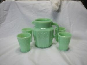 Jadeite 5 Piece Floral Juice Set