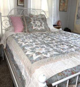 Nobility Queen Patchwork Lace Trim Patchwork Star Quilt Set w/ Pillow Sham