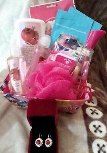 Just Vicarious & Apple pomegranate beauty Christmas gift basket earrings women