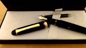 Platinum 3776 Century fountain pen, F, Black Diamond, gold