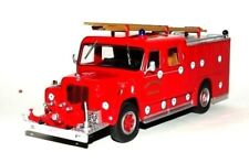 1/43 INTERNATIONAL WASTERLAIN LOADSTAR 1627  CAMION BOMBEROS IXO SALVAT DIECAST