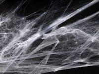 1x Spinnennetz weiß - Halloween Party Deko weiss Dekoration Hängedeko Spinnweben