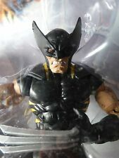 Marvel Legends WOLVERINE - Black Variant - Red Hulk Wave MIP Target Exclusive !!