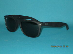 RAY BAN RB2132 NEW WAYFARER 622 Matte Rubber Black/ Green Unisex Sunglasses 58mm
