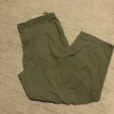 LL Bean Stowaway Hiking Pants Green Nylon Size Large Inseam 31 Inches