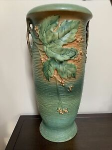 Roseville Pottery Bushberry Large Green Umbrella Stand 779-20