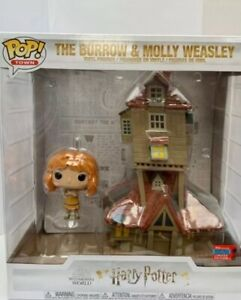 Pop Town The Burrow and Molly Weasley Harry Potter Figurine