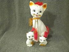 VINTAGE WHITE CAT WITH CHAINED KITTENS PINK FUR FIGURINE 3 PIECE SET UNMARKED