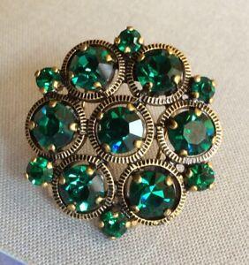Stunning Green Glass In Metal, Prong Set Jewel Button