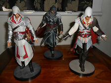 ASSASSINS CREED FIGURES X3