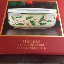 Lenox Holiday Holly & Berries Serve and Store w/Locking Lid - Nib