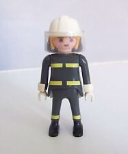 PLAYMOBIL (G2201) POMPIERS - Pompier Femme en Tenue d'Intervention Camion 3182