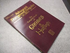 AD&D Players Handbook PHBR9 The Complete Book of Gnomes & Halflings 2134 1993