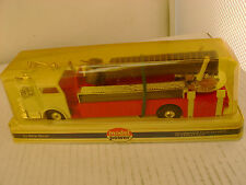 MODEL POWER PLAYART 1:48 SCALE RED W/WHIT CAB MACK FIRE ENGINE SNORKEL TRUCK NEW