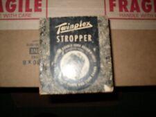 VINTAGE TWIN PLEX STROPPER RAZOR BLADE SHARPENER 1950's G-200  WITH ORIGINAL BOX