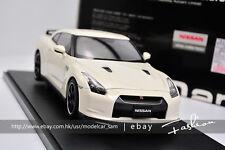 AutoArt 1:18 nissan R35 GT-R V SPEC white