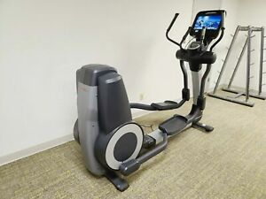 Life Fitness 95X Elevation Series Elliptical With Discover SE Console
