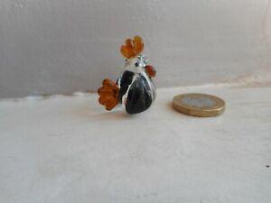 CHICKEN/HEN - GLASS -TINY MINIATURE CLEAR WITH GOLDEN BROWN & BLACK- HEN/CHICKEN