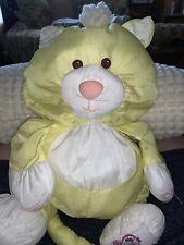 1986 VINTAGE Fisher Price PUFFALUMP Yellow CAT Kitten Kitty Stuffed Animal 8002