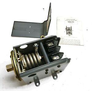 Penn Heavy Duty 2 Pole Pressure Switch P11BB-2 NOS