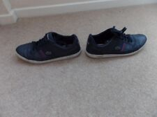 Lacoste Stylish Mens   Runner Trainers Size uk 9 - Eur 43 Good Used Cond