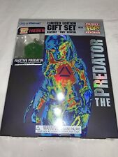 Predator Blu-ray DVD Wal-Mart Exclusive Gift Set Fugitive Pocket Pop Keychain