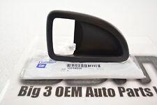 05-09 Chevrolet Uplander Pontiac  SV-6 Front Driver LH Door Handle BEZEL new OEM