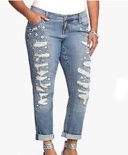 EUC Torrid Premium Retro Boho Medium Wash Destroyed Sequined Boyfriend Jeans 26W