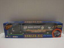 Winners Circle Trailer Rig Tony Stewart 20 Home Depot Peanuts 1:64 Diecast C2911