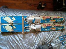 Kid water skis