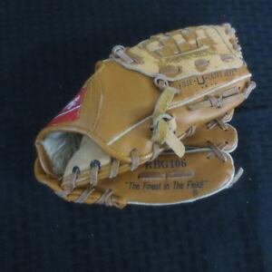 Vintage Rawlings RBG106 Cal Ripken Jr 10 inch Baseball Glove
