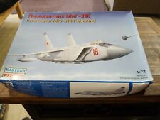 1/72 Scale MiG-31B Foxhound Russian Long-Range Interceptor #72115