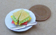 1:12 Scale Toasted Sandwiches On A Ceramic Plate Dolls House Bread Accessory