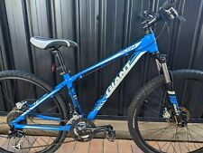 Giant 27.5 wheels small frame hydraulic brakes mountain bike in great condition.