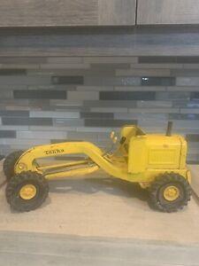 Classic Vintage Tonka Tin Metal Construction Farm Grading Truck Antique Toy