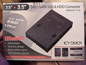 Icy Dock MB882SP EZConvert 2.5 To 3.5 SAS/SATA SSD & HDD Converter
