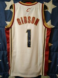 SIZE S Cleveland Cavaliers NBA Basketball Shirt Jersey Adidas Signed Gibson #1