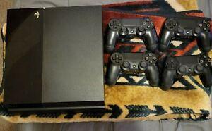 Sony PS4 PLAYSTATION 4 500GB Console Black +4 Dualshocks
