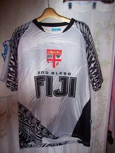 "men's true sz L 44"" chest God Bless FIJI soccer style jersey sz 2XL in Fiji NICE"