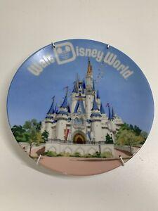 """Vintage Walt Disney World Cinderella's Castle Souvenir 6.5"""" Plate Blue Japan VGC"""