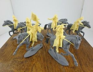 Vintage Airfix 6 Mounted 7th Cavalry Troopers 1970s All Poses Gun Tips Intact