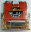Green Machine 33210-B 2019 Package Car UPS with Flames Greenlight Chase 1/64